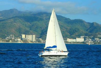 Tours in Puerto Vallarta Luxury Saling