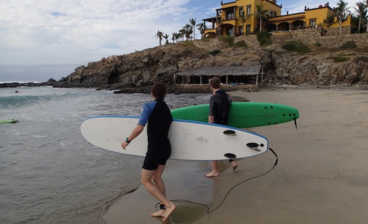 Surfing Cerritos - Last Minute Tours in Los Cabos