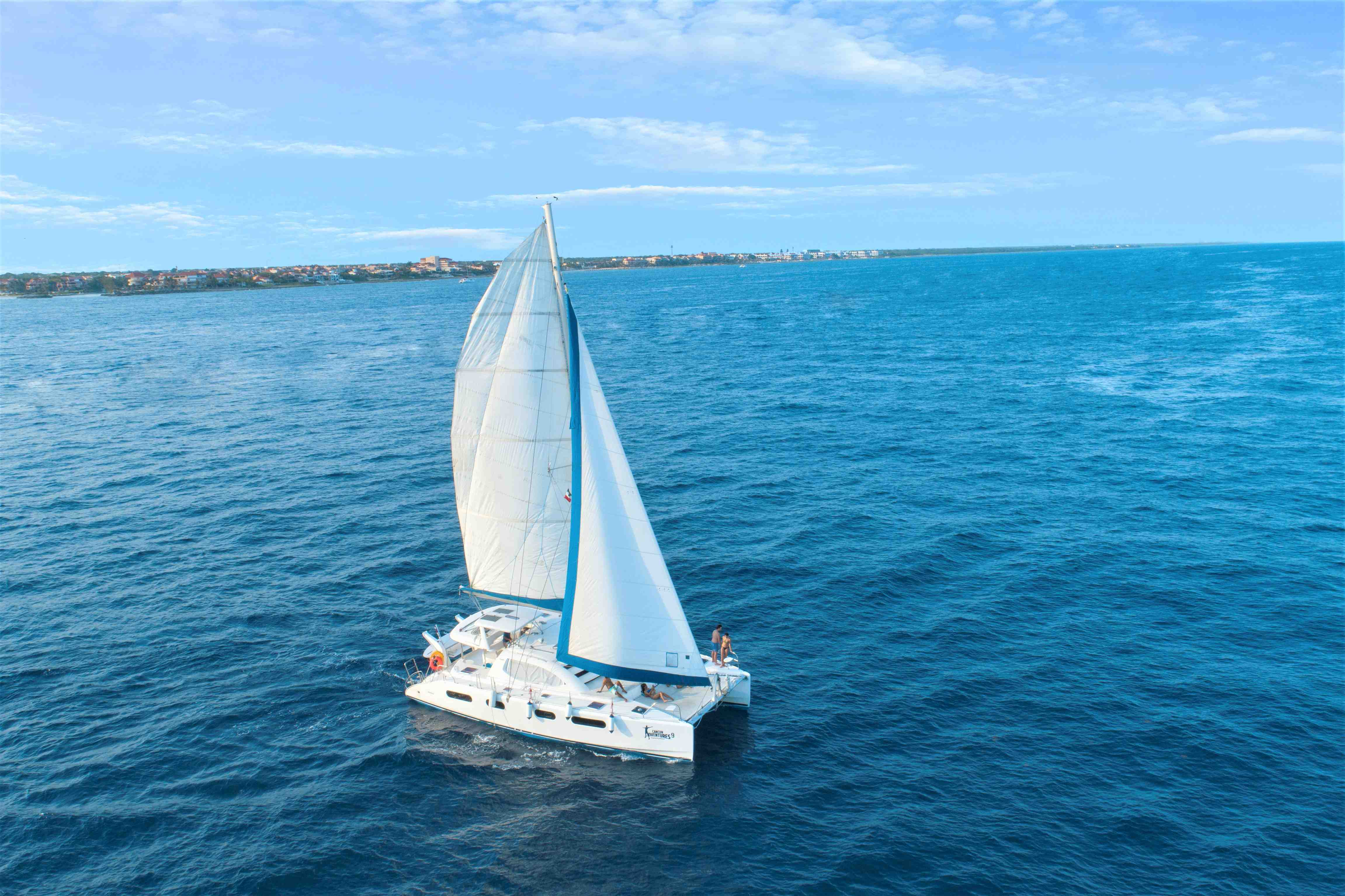 Luxury Sailing In Riviera Maya - Last Minute Tours in Cancún and Riviera Maya