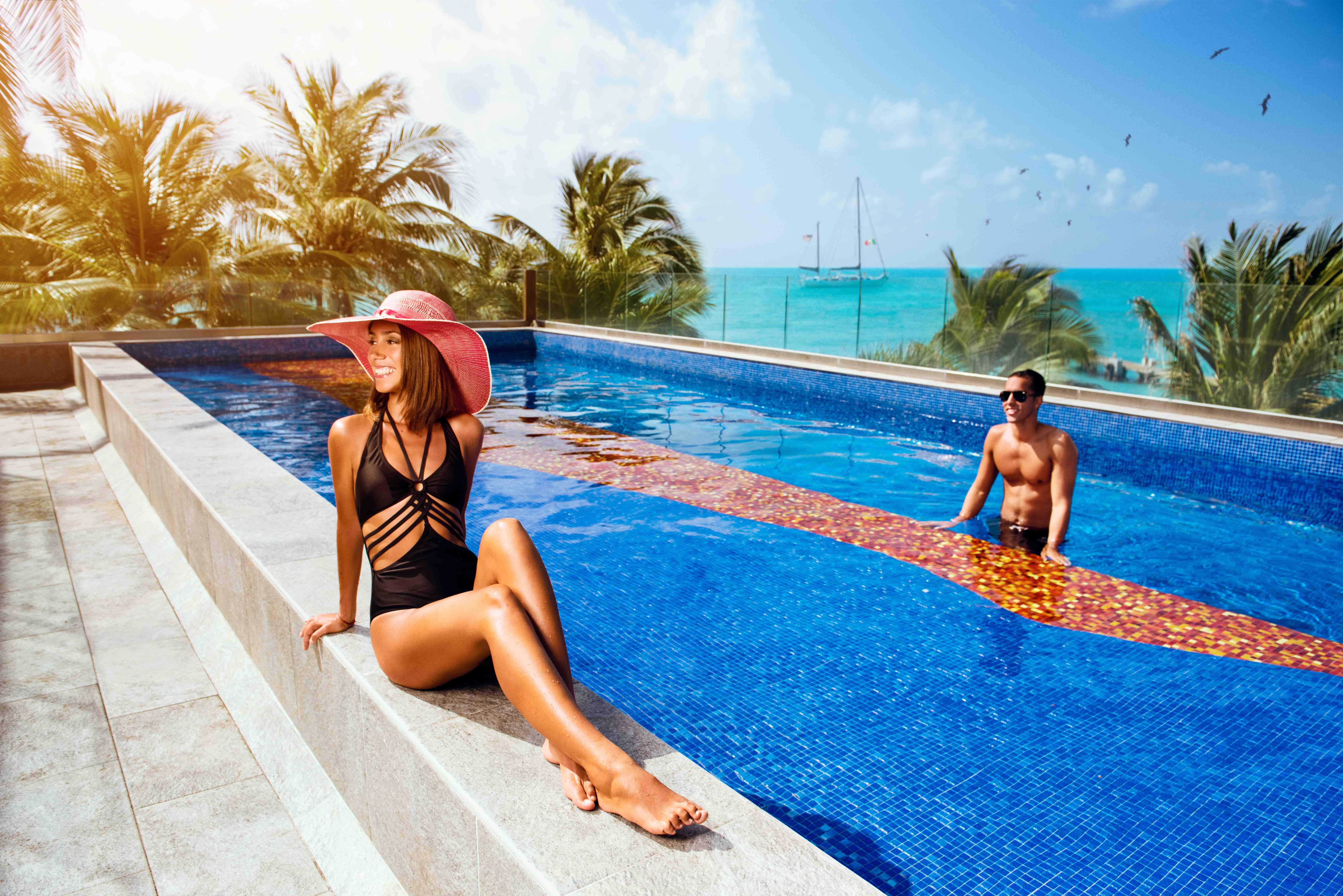 Royal Garrafon Vip - Last Minute Tours in Cancún and Riviera Maya