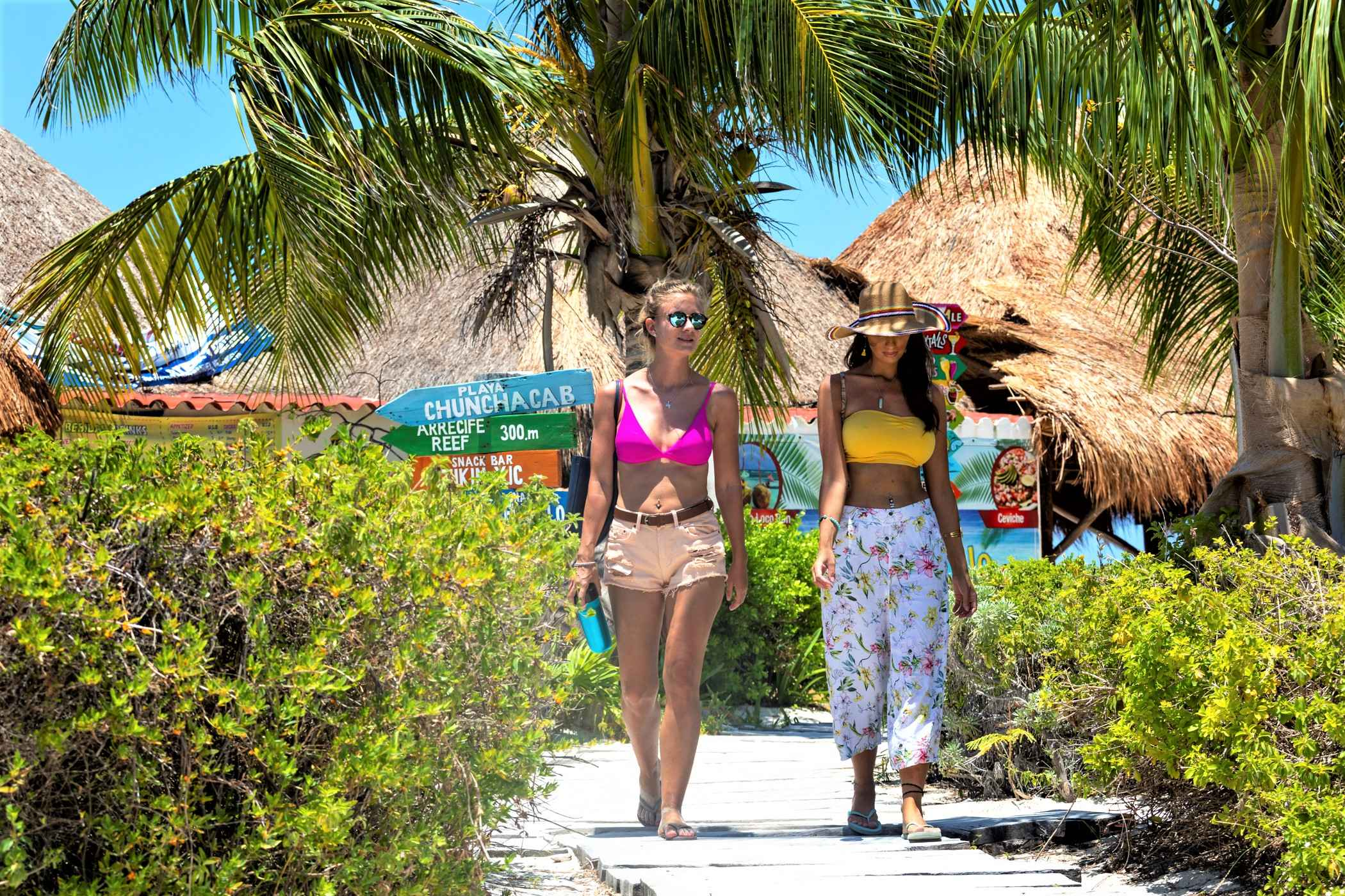Cozumel Dos Playas Tour - Last Minute Tours in Cancún and Riviera Maya