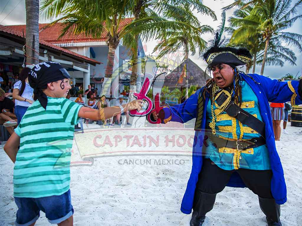 Captain Hook New York Steak Dinner  - Last Minute Tours in Cancún and Riviera Maya